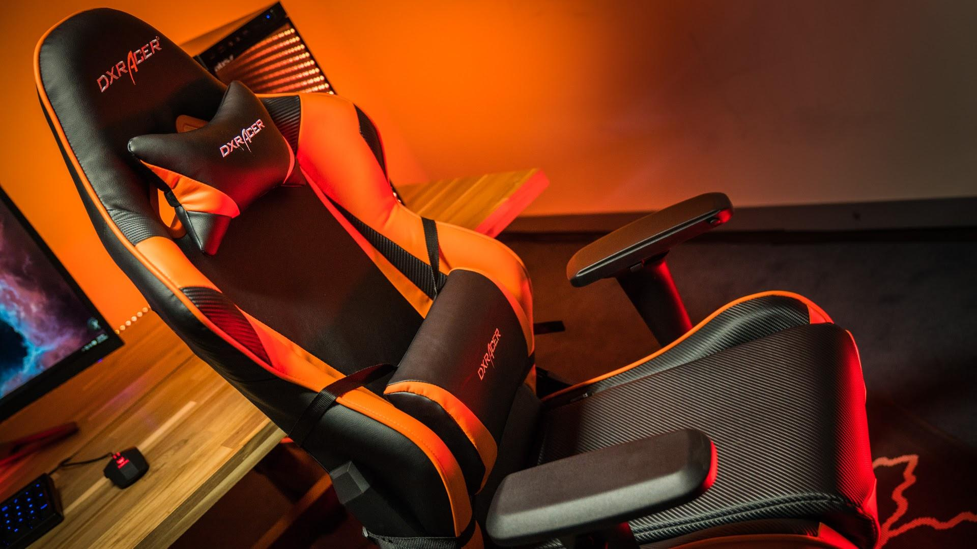 GAMING CHAIRS FOR YOUR COMFORT !