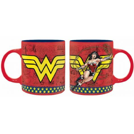 DC Comics - Wonder Woman Action 320ml Mug (ABYMUG663)