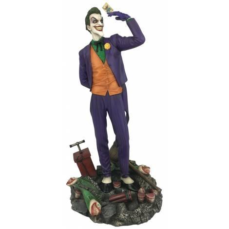 DC Gallery Joker Comic PVC Statue (MAY192387)