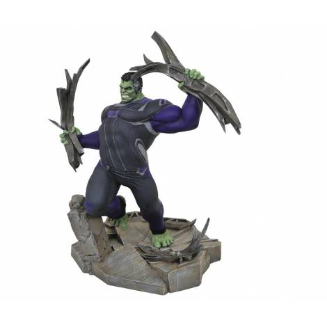 Marvel Gallery Avengers 4 - Tracksuit Hulk Deluxe PVC Statue (MAY192369)