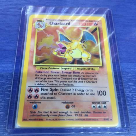 Pokemon ! Charizard 4/102 Holo Rare Base Set