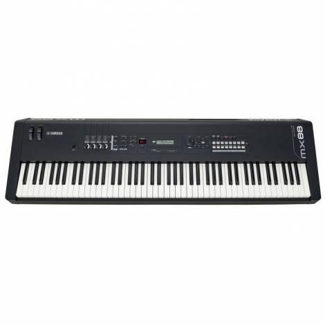 YAMAHA MX-88 Black Synthesizer